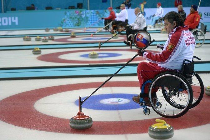 Паралимпиада 2014: Российская сборная обыграла Финляндию в керлинге на колясках