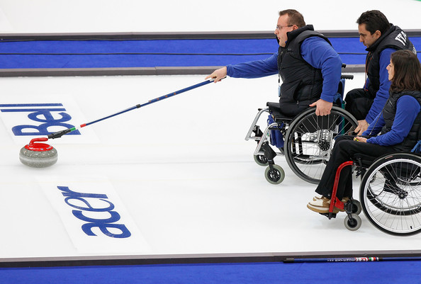 Виды спорта на Паралимпийских играх: керлинг на колясках