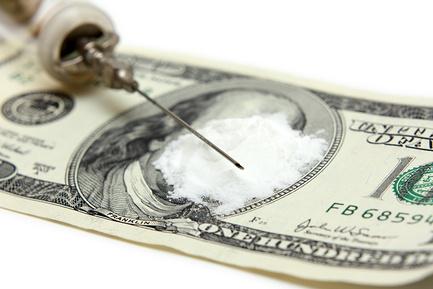 Наркоманов предлагают лечить за счет преступников