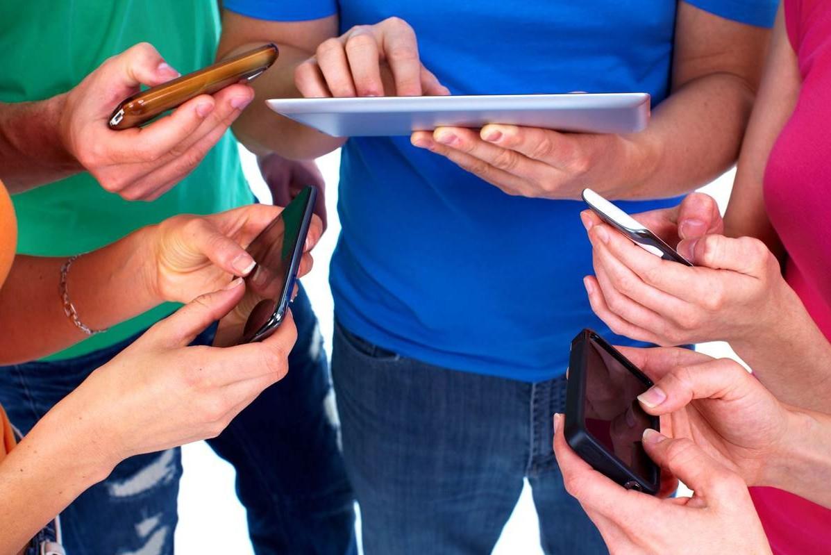 Мобильных пользователей интернета стало на 53% больше