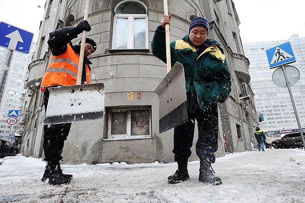 Работников коммунальной сферы переселят из подвалов в модульные общежития