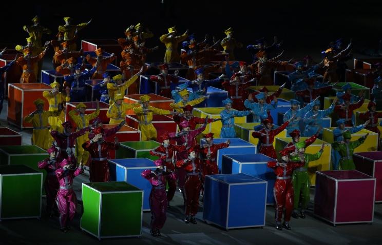 В закрытии Паралимпиады приняли участие паркуровцы и фристайлисты