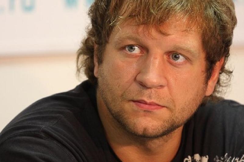 Обвиняемый в насилии Емельяненко пожаловался на провал в памяти