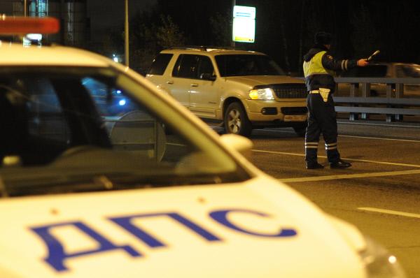 Появилось видео нападения на автоинспекторов в Петербурге