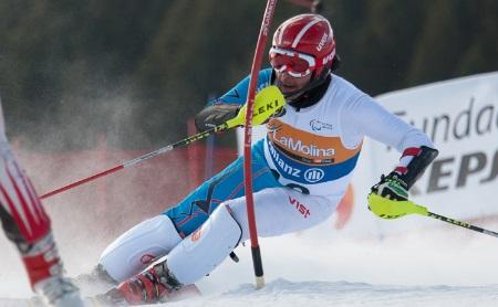 Российский горнолыжник лидирует после первого заезда на Паралимпиаде
