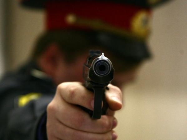В Москве сотрудник полиции открыл огонь по сослуживцам