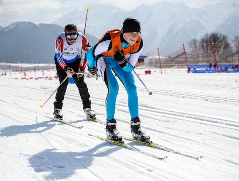 Как проходят соревнования по лыжным гонкам на Паралимпиаде