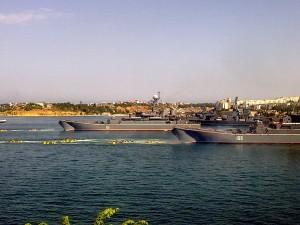 БДК(большой десантный корабль) - приложили много усилий при транспортировке войск из России в Крым.Они перевезли более 10тыс. человек и несколько тысяч единиц техники.