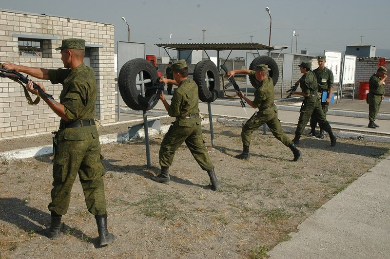 В Чечне начались учения мотострелковой бригады