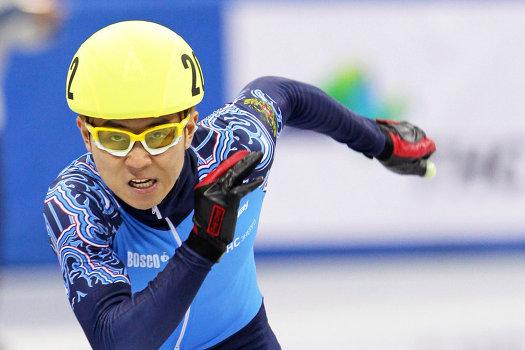 Олимпийскому чемпиону Виктору Ану подарили золотую карту