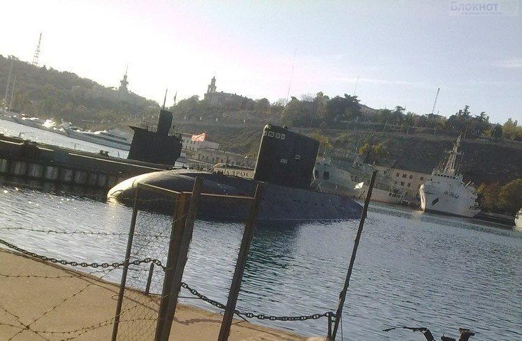 Военно-морской флот в Севастополе приведен в полную боевую готовность