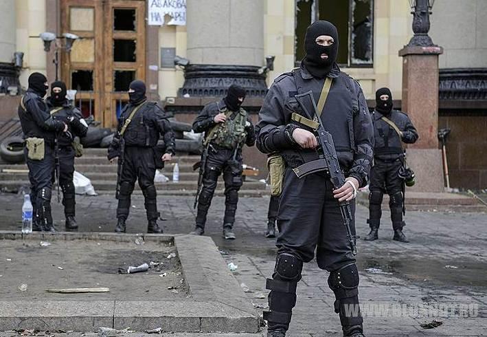 Активисты заняли мэрию Харькова. Милиционеры были в поролоновых бронежилетах