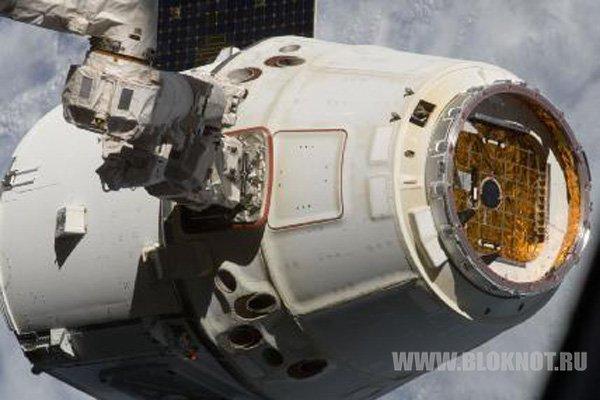 Частный космический грузовик Dragon вновь отправился к МКС
