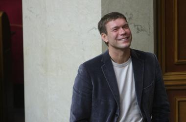 На Олега Царева завели уголовное дело