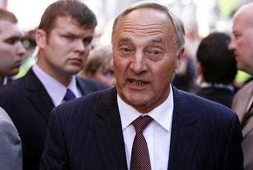 Президента Латвии подвергли массированной травле