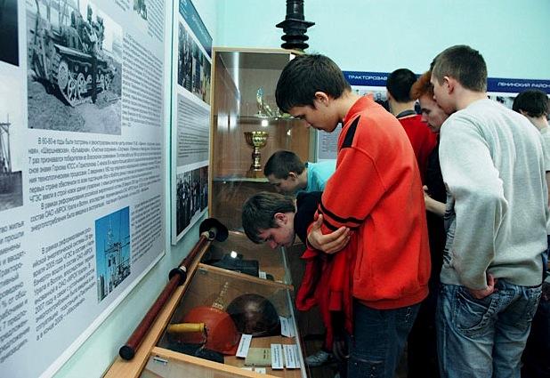 Школьники и студенты вновь смогут посещать музеи бесплатно