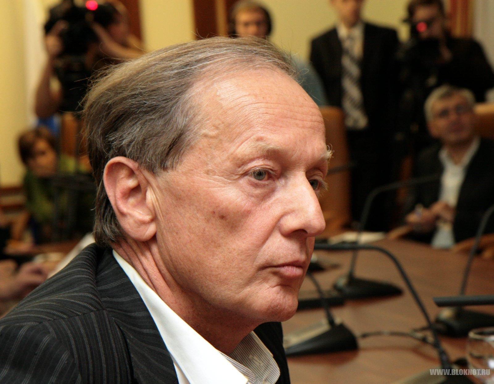 Михаила Задорнова лишат вида на жительство?