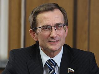 Левичев призвал возродить подлинный парламентаризм