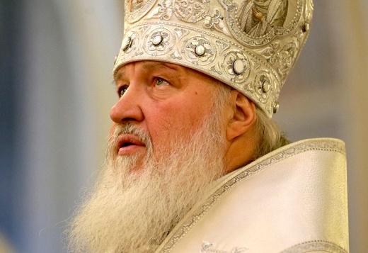Патриарх Кирилл совершил коленопреклоненную молитву об Украине