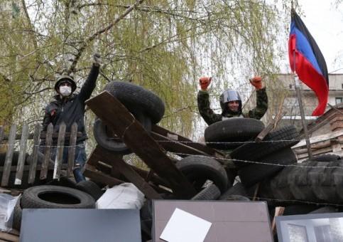 В Славянске ведутся переговоры с военными о переходе на сторону Донецкой народной республики