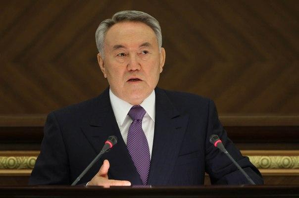 Назарбаев заявил, что Украине никуда не деться от отношений с Россией и Казахстаном