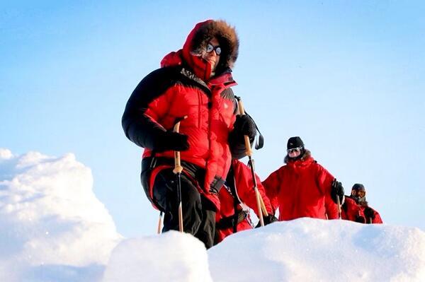 Павла Астахова с сиротами эвакуируют с Северного полюса