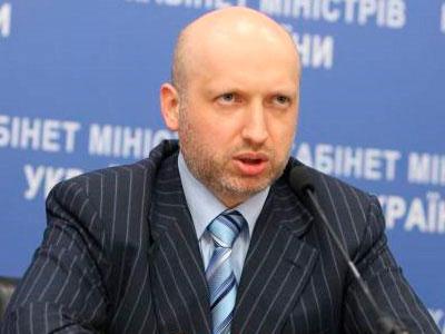 Турчинов отменяет День победы, потому что его отец служил Гитлеру