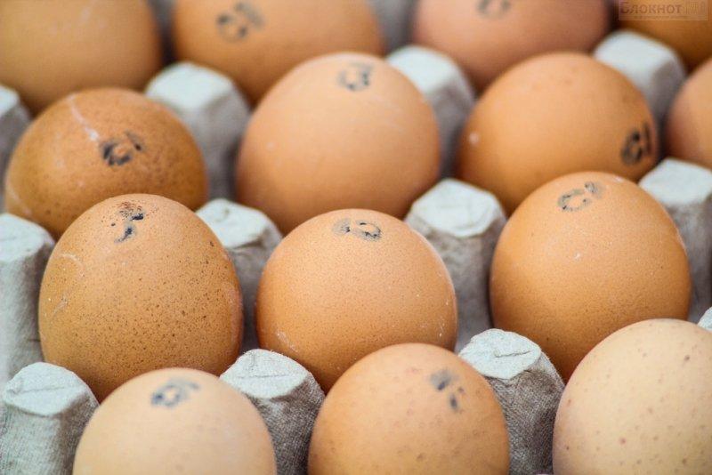 Красноярцы скупили 65 тысяч яиц за 3 часа