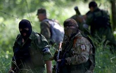 В Луганске около 80 солдат воинской части сдались ополченцам