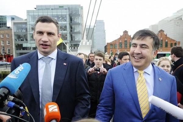 Саакашвили может стать советником Порошенко