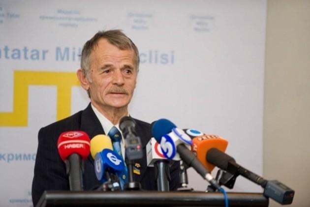 Джемилев проголосовал в Киеве, Меджлис людей не организовывал