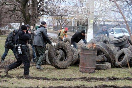 Каратели продолжают наступление на Краматорск и Славянск
