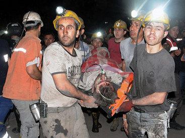 Число жертв обвала на шахте в Турции превысило 200 человек