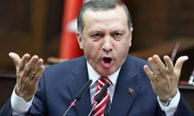 Новый скандал в Турции: премьер-министр Эрдоган чуть не набросился на главу Ассоциации адвокатов