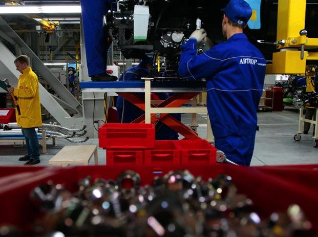 Канадское правительство требует от Magna разорвать контракт с российским Автотором