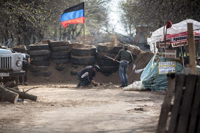 На окраине Славянска начались боестолкновения