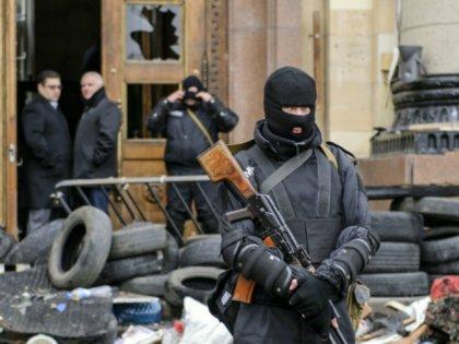 Луганской областной милиции предъявили ультиматум - она не должна пускать в Луганск и область «Правый сектор», иначе…