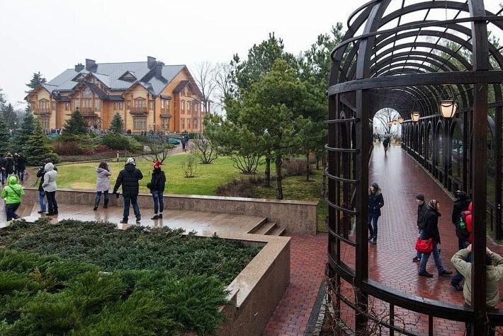 Резиденцию Януковича