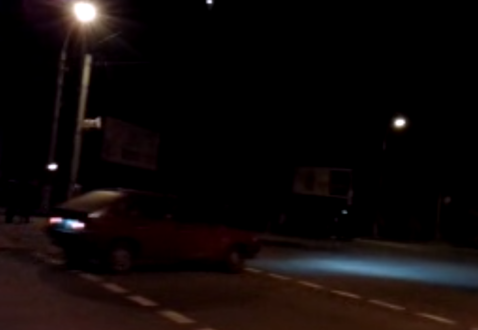 В Луганске с территории военной части на автобусах вывезли силовиков