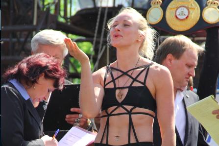 В Клубе байкеров Sexton прошла церемония взвешивания Чудинова и Кулаковой