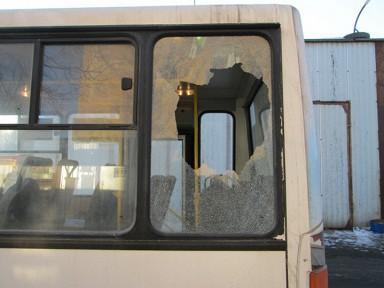 В Красноярске пассажир обстрелял автобус