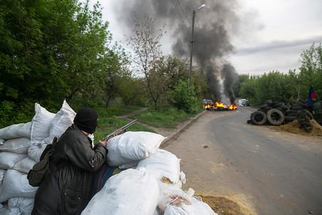 Славянск обстреляли из минометов и гаубиц