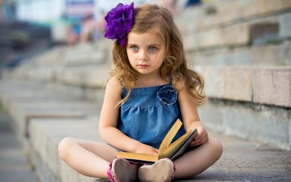 Единоросс предложил принудительные аборты для девочек