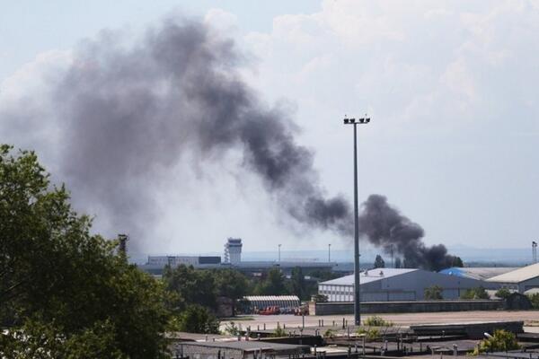 В Донецке рядом с тренировочной базой ФК «Шахтер» идет бой