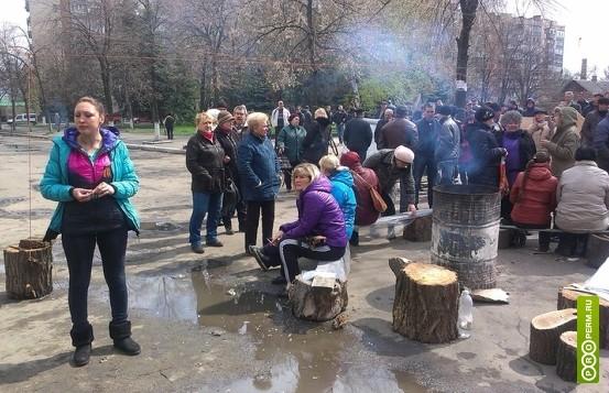 В Славянске  выстроились очереди за хлебом