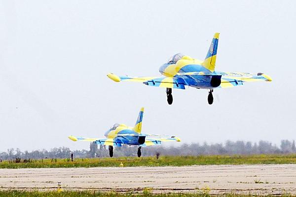 Под Николаевом украинские пилоты заканчивают боевую учебу