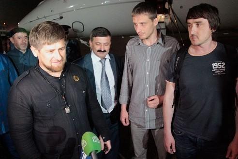 В Совфеде предлагают наградить Кадырова за освобождение журналистов LifeNews