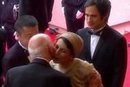 Иранскую актрису могут избить плетями за поцелуй в Каннах