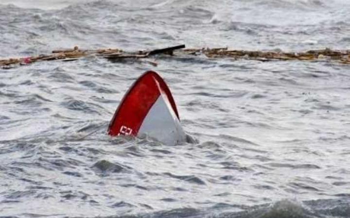 Лодка с шестью пассажирами перевернулась в Красноярском крае