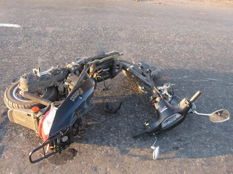 Пятилетний ребенок на мопеде в Красноярском крае погиб под колесами грузовика